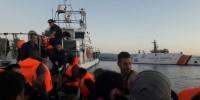 Alarm Phone denuncia: respingimenti illegali con la complicità di Frontex
