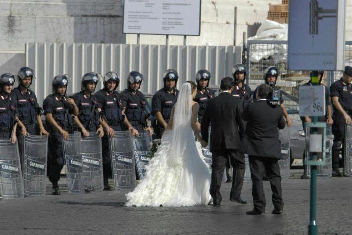 Milano polizia interrompe il matrimonio e denuncia la sposa for Permesso di soggiorno matrimonio