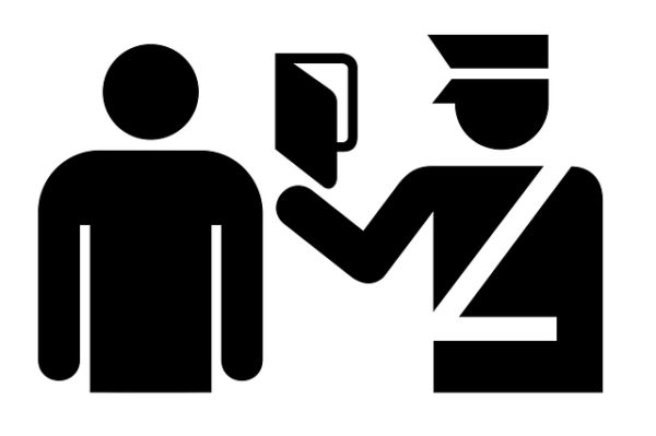 """Torino: due studenti stranieri aggrediti durante un """"controllo di documenti"""""""