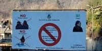 Cartelli contro burqa e niqab, inizia il processo