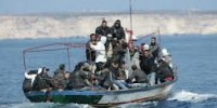 Ancora uno sbarco, recuperati 14 naufraghi