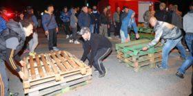 Le barricate caserecce di Gorino e gli imprenditori politici del razzismo