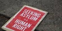 """Sulla stessa terra: un anno di """"crisi dell'asilo in Europa"""""""