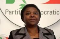 la-rete--buona-a-prescindere-insulti-razzisti-sul-web-per-il-neoministro-ccile-kyenge-Cecile_Kyenge_insulti_razzismo_Internet_Parlamento_Laura_Boldrini