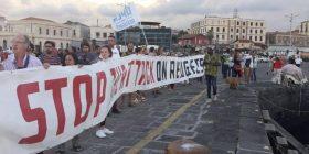 Presidio antirazzista al porto di Catania