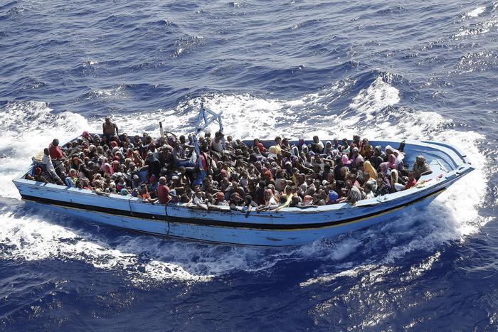 Immigrazione: 'gruppi armati libici dietro sbarchi'
