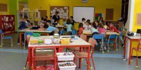 """""""Negretti"""": e due mamme scelgono di cambiare scuola"""