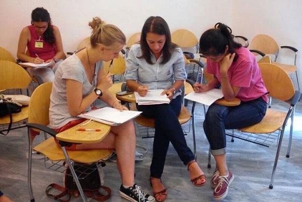 studenti-in-aula-corso-avanzato