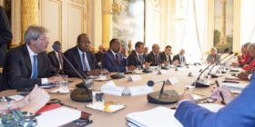 "Parigi: l'accordo che ""li ferma a casa loro"""